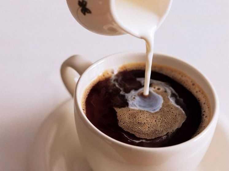 Кофе с молоком: вред или польза
