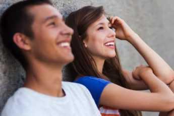 10 признаков возникшей «химии» между вами и вашим партнером