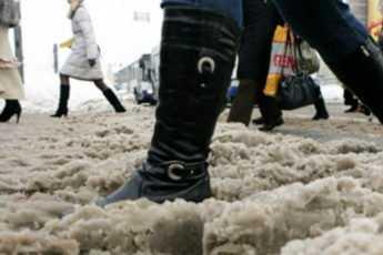 Как уберечь обувь от соли